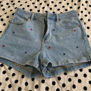 Size 29 denim shorts